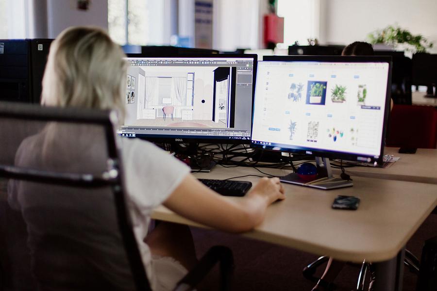 3Д-артист створює 3д-модель інтер'єру